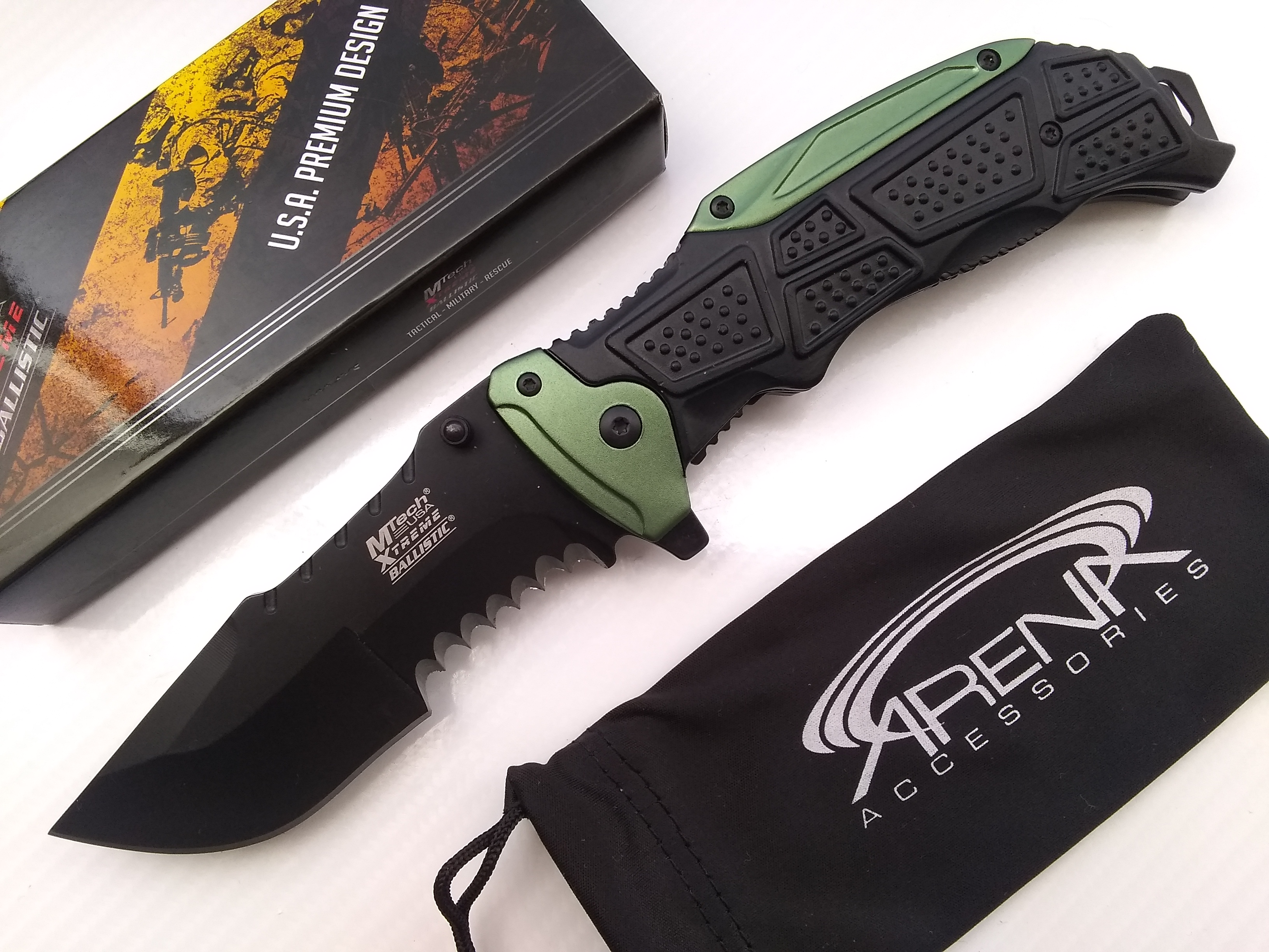 Huge Beastly Huntsman Blade Pocket Knife Spring Assisted Counter-Strike CSGO / Call of Duty Ghosts Style Blade