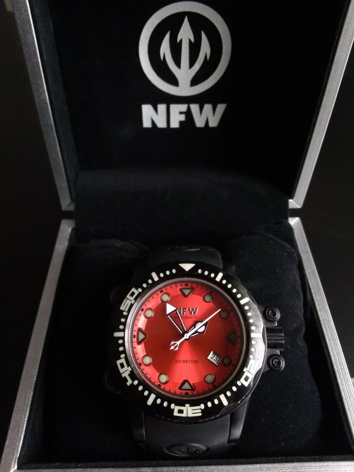 NFW VIPERFISH 300M Diver Watch Black Red 48MM Dial Citizen Miyota Mvmt 24 Jewels