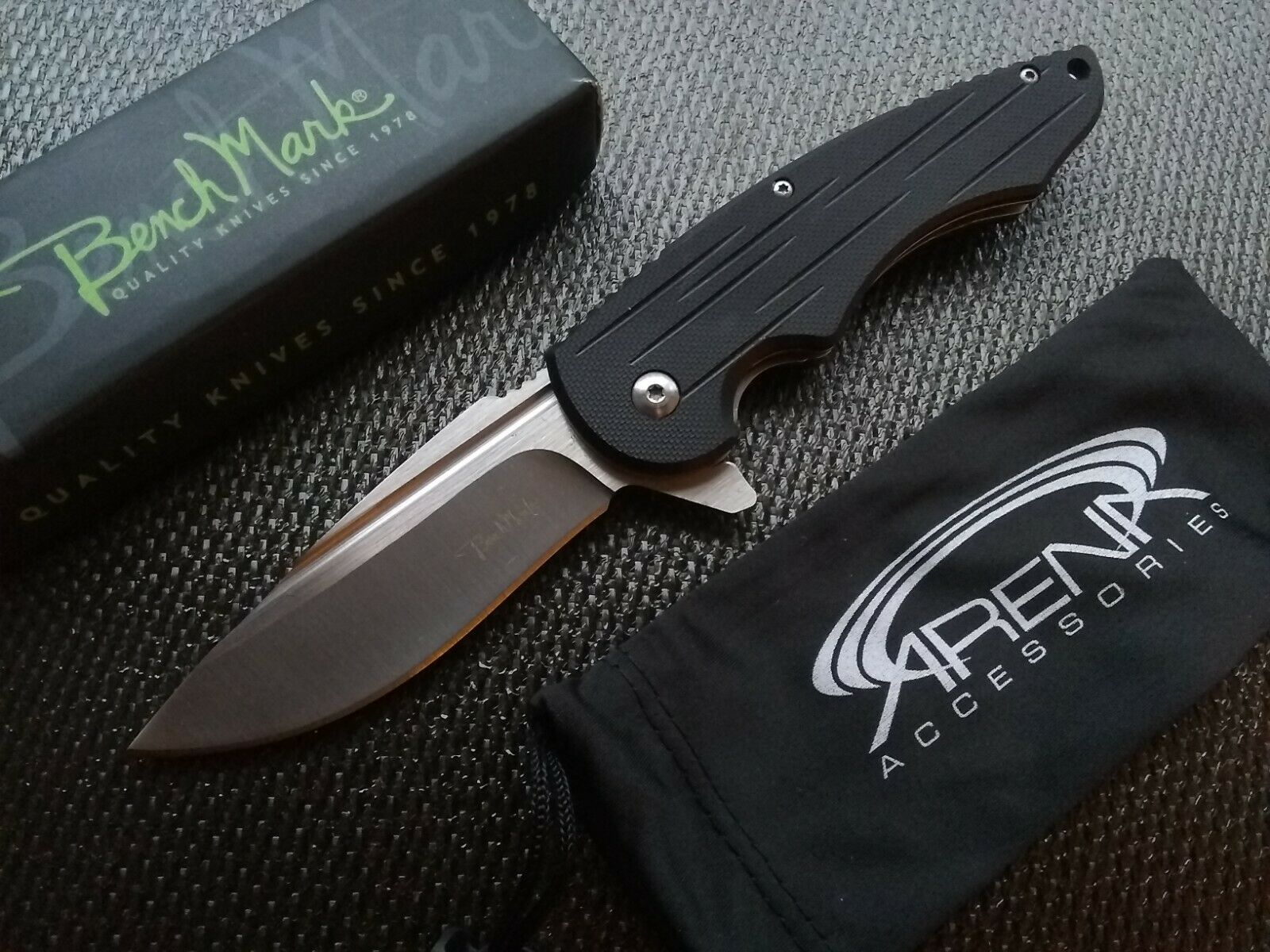 Benchmark Blood Groove Ball Bearing Pivot Black G10 Flipper Knife Pocket Folder