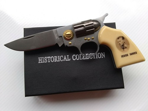 "Tactical ""Jesse James"" Hand Gun Pistol Revolver Manual Folding Pocket Knife"