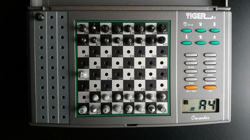 Tiger Crusader Digital Electronic Chess Game & Pieces w/LCD Model 11-002 Vintage