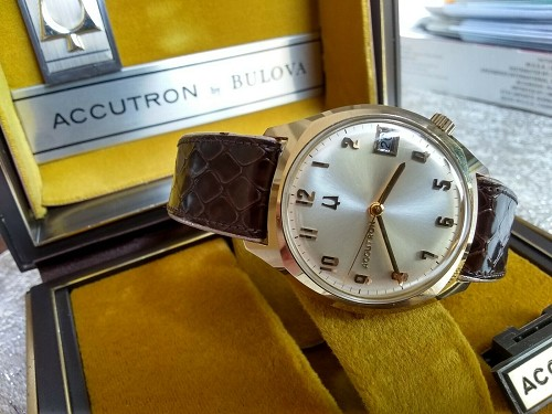 1969 M9 BULOVA Accutron 14k GOLD FILLED Fresh Battery Tested 2181 ORIGINAL BOX